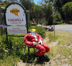 A fire fighting santa outside the CFS at Kangarilla.